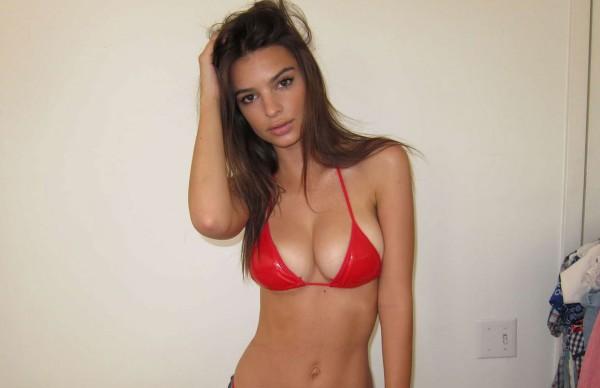 Emily-Ratajkowski-FB3