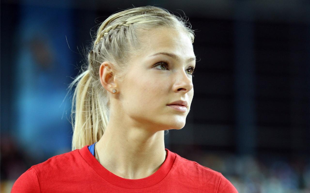 samie-krasivie-devushki-sportsmenki-rossii-foto-dve-podruzhki-bryunetka-i-blondinka