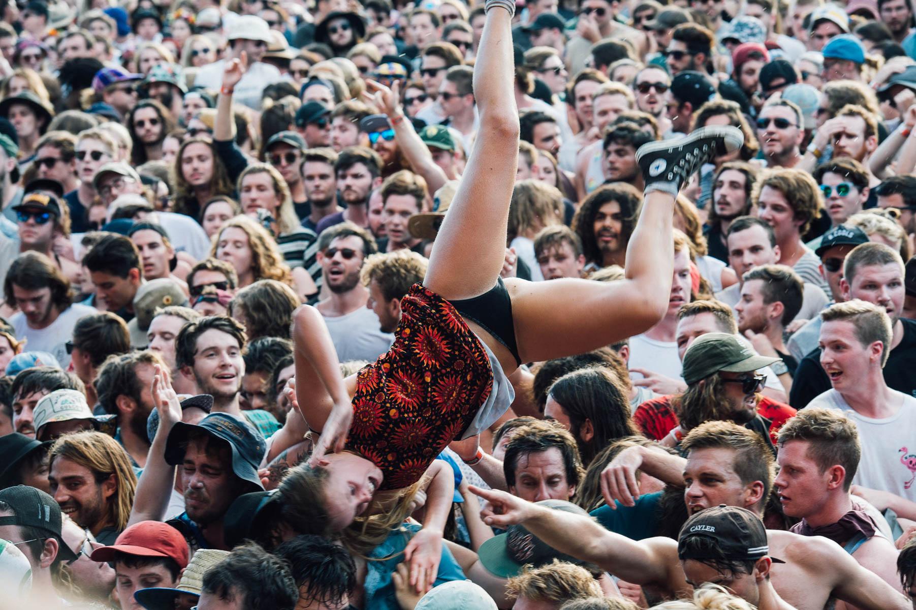 160207-lanewayfestival-violentsohocrowd-8192