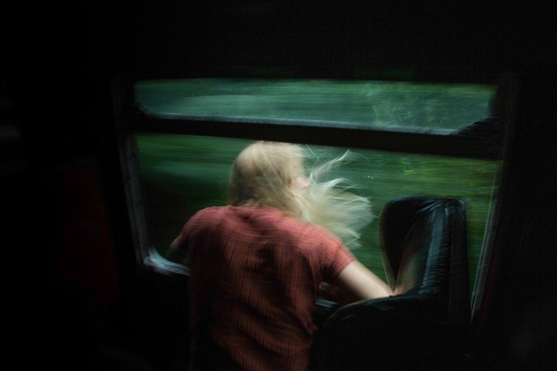 anna-ehrgott-catching-some-fresh-air-on-the-4-hour-long-train-ride-to-kandy-sri-lanka