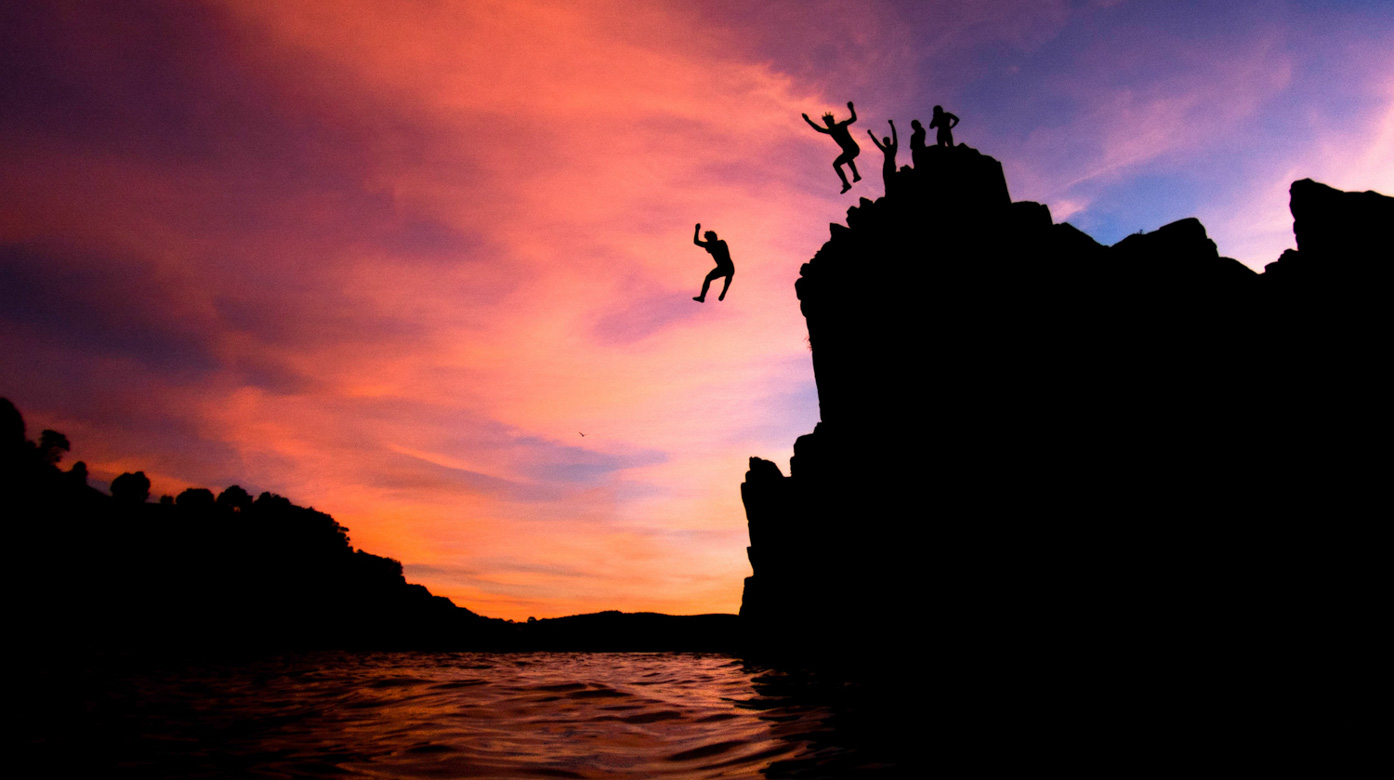 this-was-on-the-morning-of-our-college-exams-we-thought-getting-up-for-sunrise-and-jumping-off-some-rocks-would-help-us-prepare-it-didnt