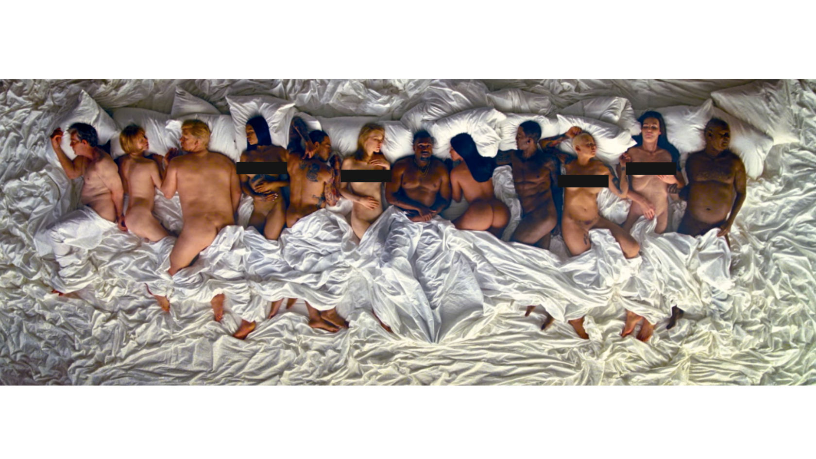 A New Famous Mural In Melbourne Shows Kanye West, Taylor -1102