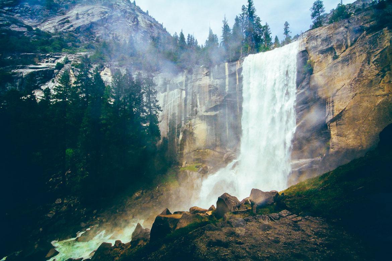 vernal-falls-ca