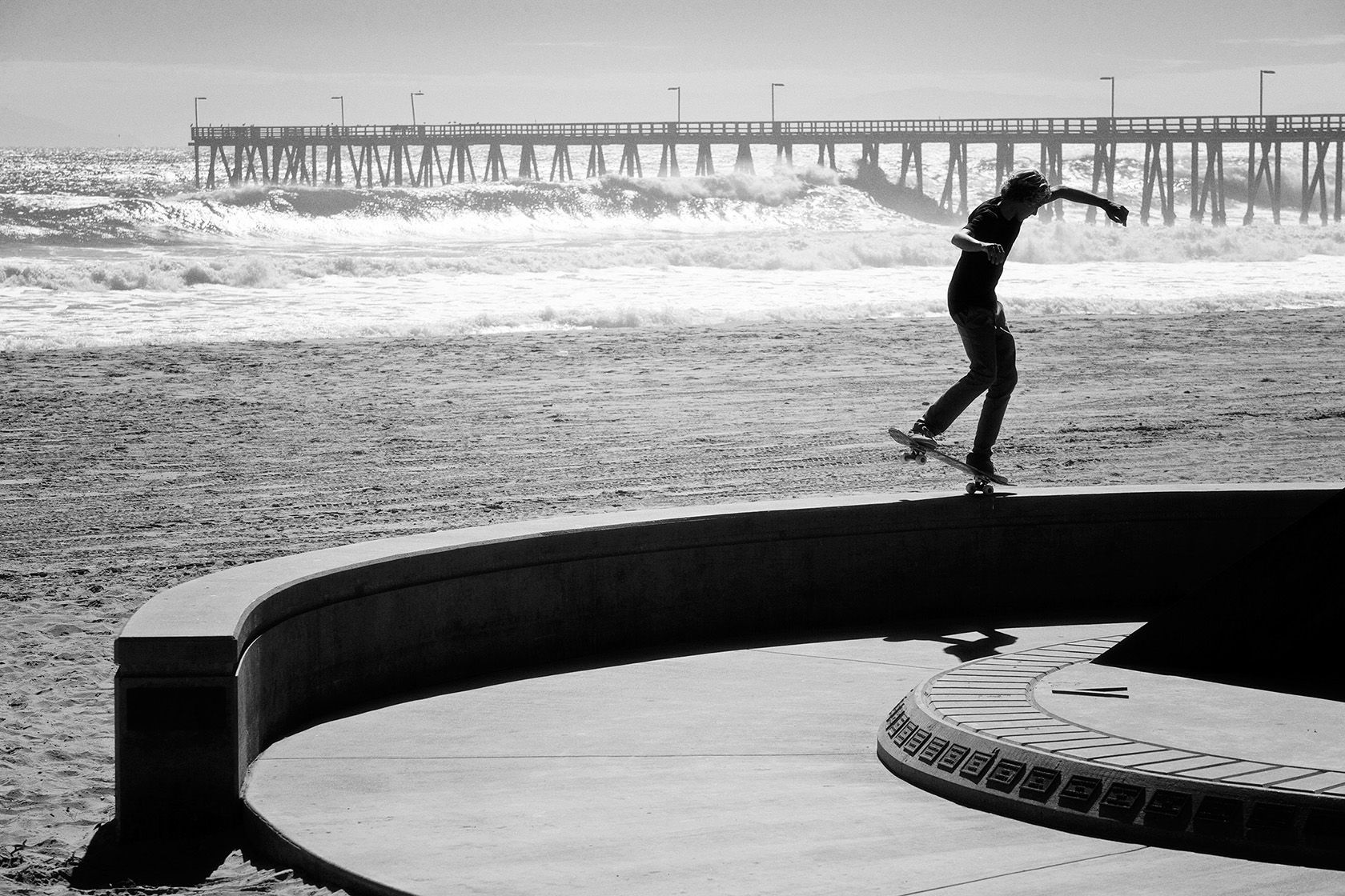 currencaples_nosemanny_venturaca_bw-copy-copy