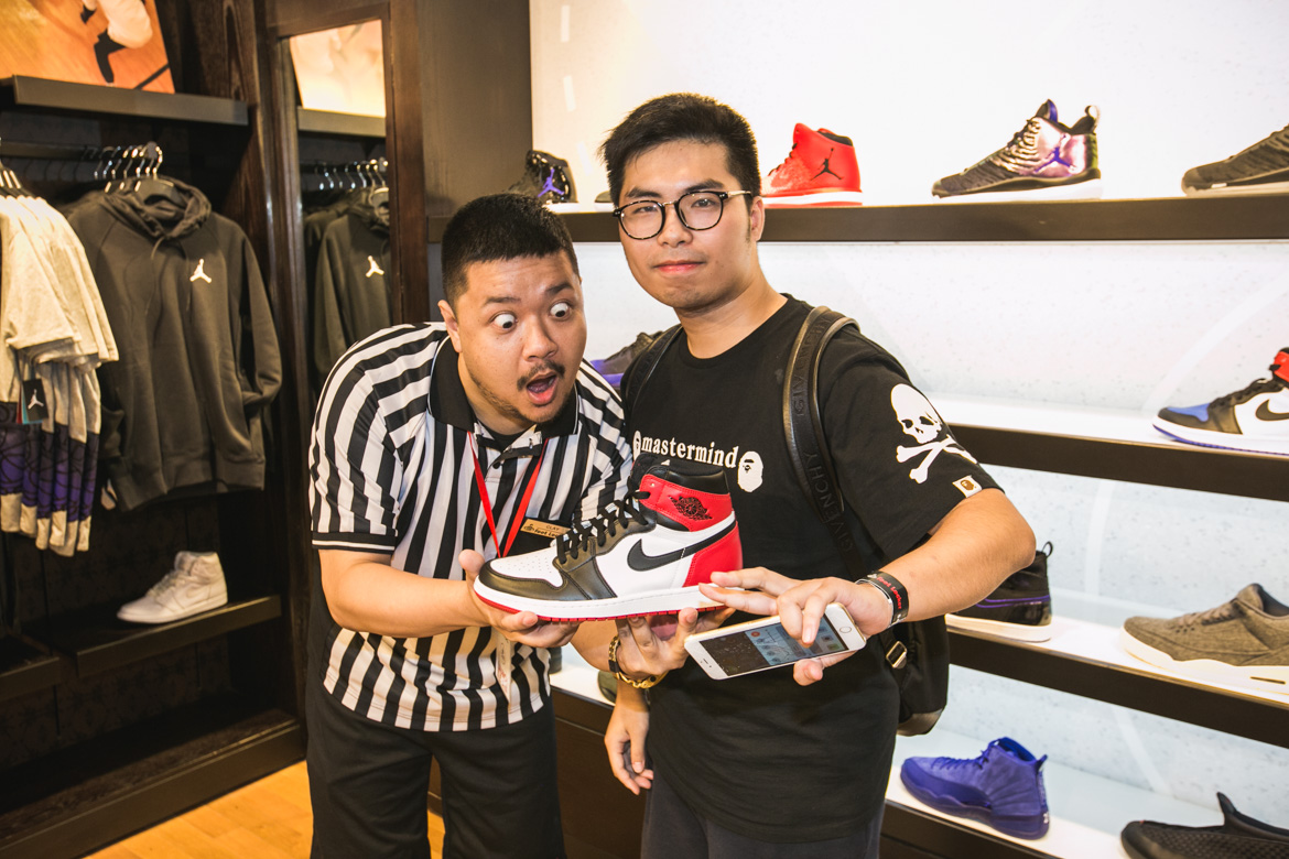 69141387970 Foot Locker: House Of Hoops Opening @ George St, Sydney - lifewithoutandy