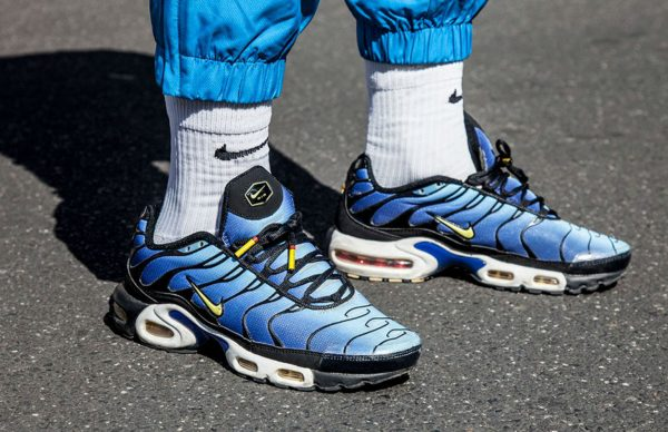 MATERIAL-MATTERS-NIKE-ON-FOOT