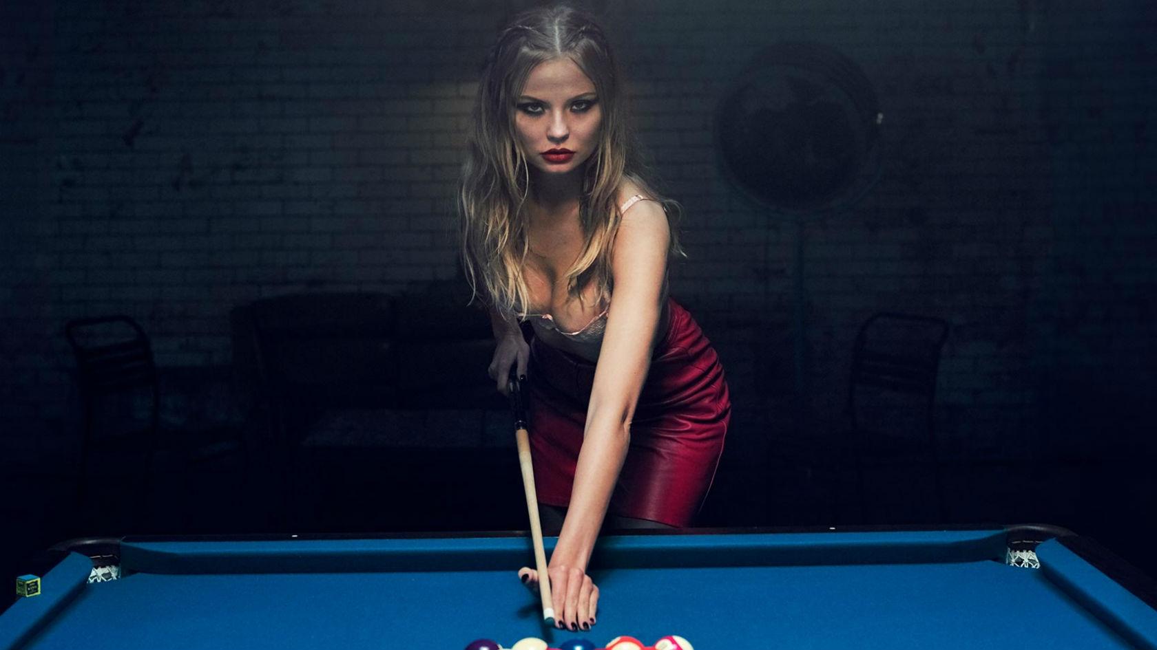 Strip pool video